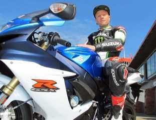 Keith Flint de Prodigy y su nueva Suzuki GSX-R 750 2011