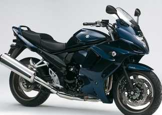 Suzuki GSX1250FA Touring para largos viajes