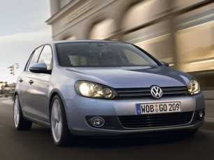 Volkswagen Golf 1.4 80 CV por 14.900 euros
