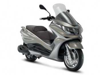 Moto Piaggio X10 Motos