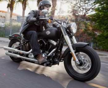Moto Harley Davidson Softail Slim Motos