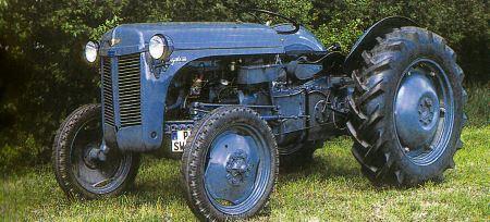 Tractor Ferguson TEA 20 Tractores