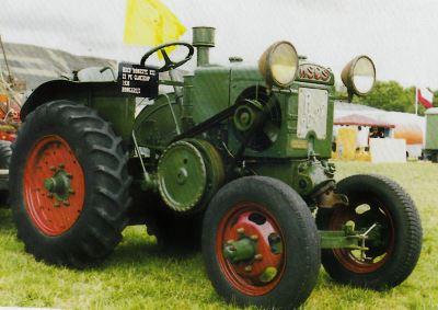 Tractor HSCS Le Robuste R 20/22 Tractores