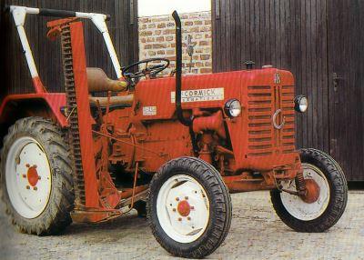 Tractor IHC Neuss Farmall D 214 Tractores