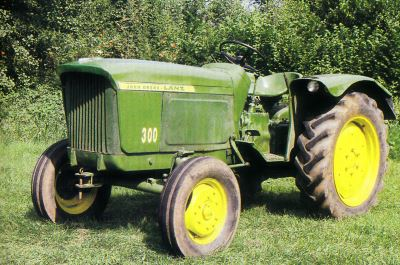 Tractor Jhon Deere-Lanz 300 Tractores